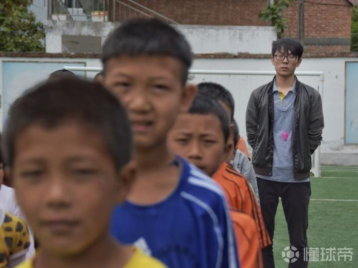 有关孩子足球电影_足球改造人 关鸿 小说_关思婷和张桐有孩子吗