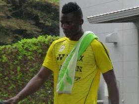 他日归来再庆祝,奥伦加因肯尼亚国家队比赛错过柏太阳神夺冠