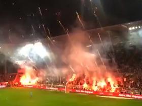 魔术弹vs冷烟火!德乙赛场主客球迷看台大PK,这气氛太炸了