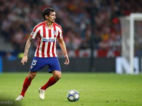 马德里竞技官方:萨维奇左腿股二头肌旧伤复发