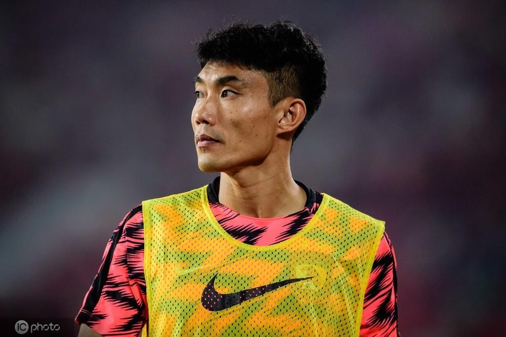 记者:郑智确认入选新一期国足集训阵容