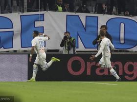 帕耶梅开二度,马赛成为法甲首个进4000球的俱乐部