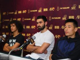 2017年武磊曾与赫里宾争夺亚洲足球先生,最终遗憾落败