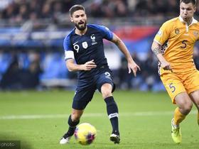 法国2-1摩尔多瓦,朗格莱送礼,瓦拉内头球,吉鲁点射建功
