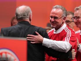 德媒:赫内斯退休后,鲁梅尼格已能决定拜仁所有足球事务
