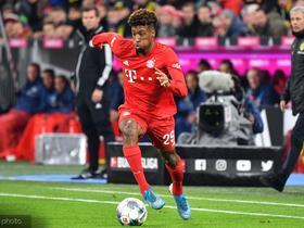 记者:拜仁不打算卖掉科曼,也不会将他加入球员互换交易中