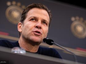 比埃尔霍夫:年轻的德国队力压荷兰拿到小组头名就算成功