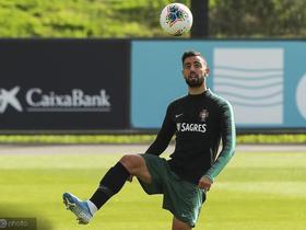 球队财政不佳,布鲁若-费尔南德斯可能被葡萄牙体育卖给热刺