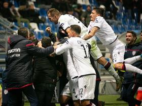 队史首次,卡利亚里连续6场意甲联赛每场至少进2球