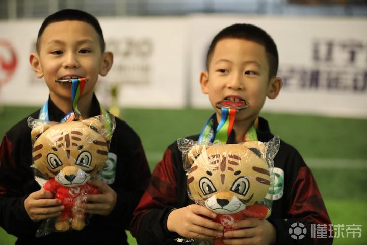 北京时间1月17日,2020贺岁杯全国青少年足球...